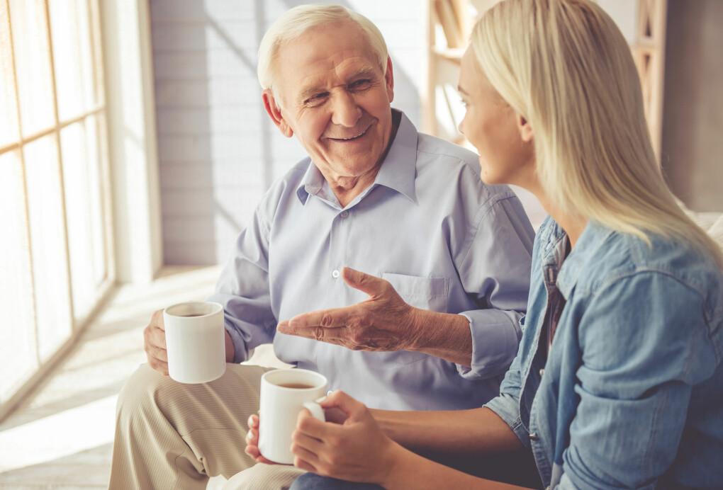 Jo eldre folk blir, desto mer opptatt er de av generøse pensjoner til eldre. Forskerne er ikke så veldig overrasket over dette forskningsfunnet. Unge er i dag ganske tydelige på at eldre gjerne kan klare seg med mindre penger. Dette siste overrasker forskerne mer.