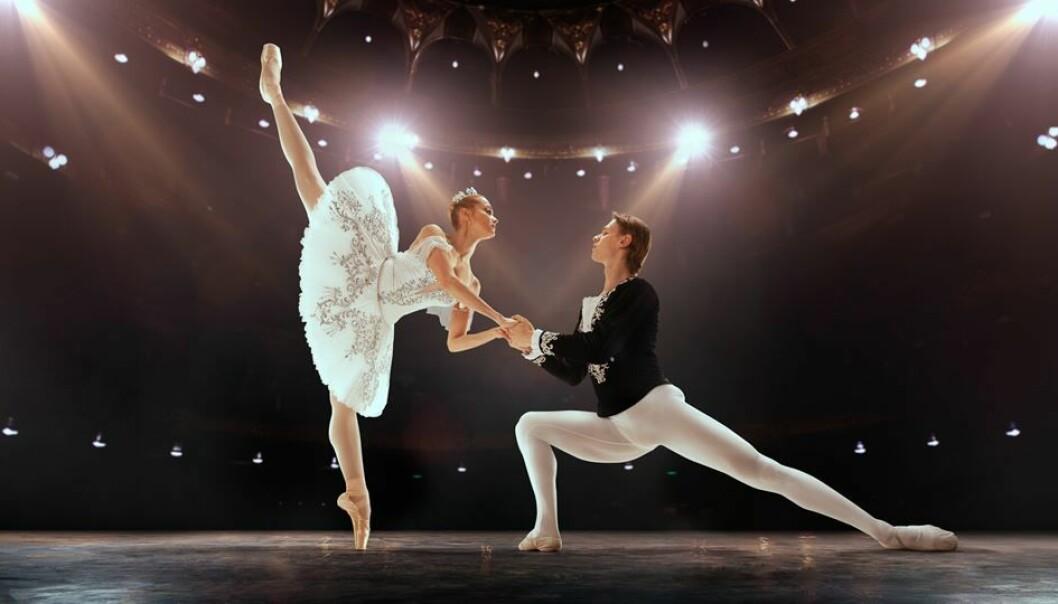 Å få danse på dei store scenene er sjølve draumen for mange dansarar – som blir utsett for mykje press, også frå seg sjølve.