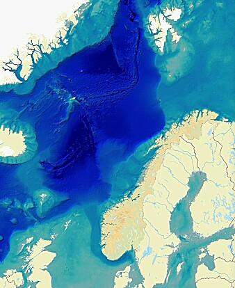 Her ser du den grunne Nordsjøen og det grunne Barentshavet. Og det dype Norskehavet. Eggakanten strekker seg nordover langs kysten, helt opp forbi vestsiden av Svalbard. Utenfor Vesterålen i Nordland er det aller kortest vei ut til dyphavet.