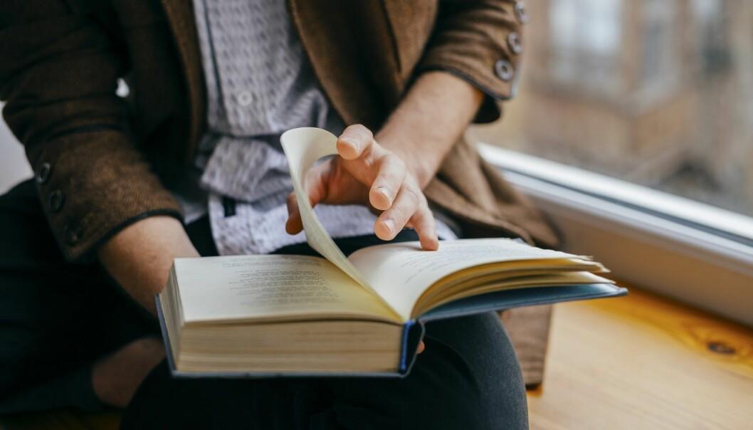 Forskerne har studert hva slags type litteratur og hvordan litteraturen brukes i ungdomsskolen og funnet at det er lite plass til skjønnlitteraturen.