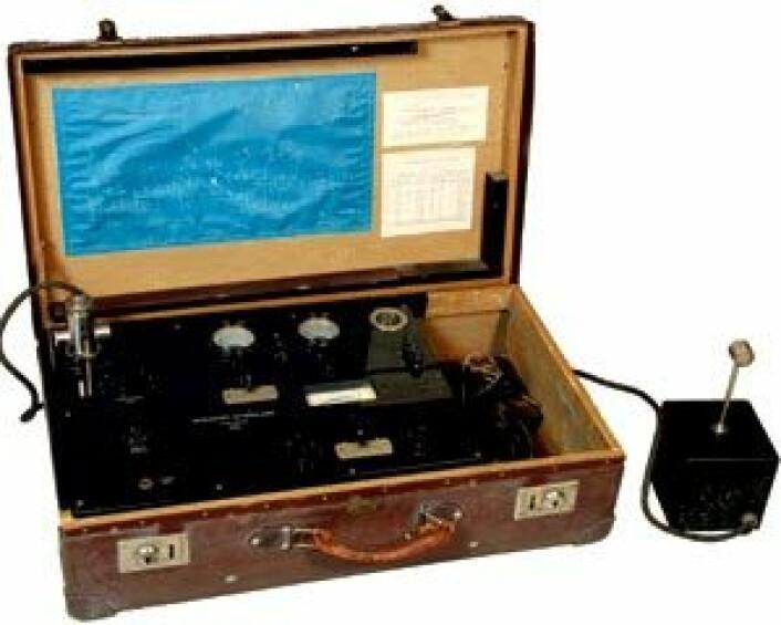 Vebjørn Tandbergs etterklangsmåler fra ca. 1931, et spesialutviklet mobilt instrument for målinger av romakustikk. (Foto: Mentz Indergaard/NTNU Info)