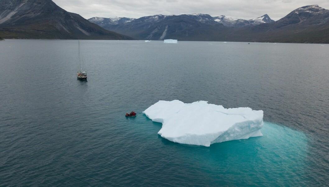 Ægir Expedition-teamet måtte alltid følge med på hvor is og isfjell var, spesielt om natten. Men isfjellene er fascinerende på sin egen måte.