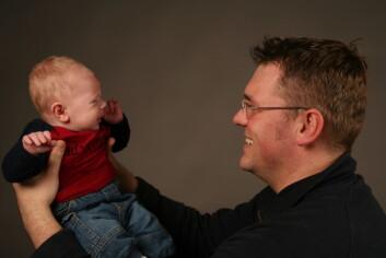 Pappaperm gir større følelsesmessig tilknytning til barnet, mener islandske pappaer. (Illustrasjonsfoto: www.colourbox.no)
