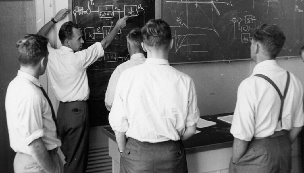 Dosent Jens G. Balchen med sine studenter i 1962.