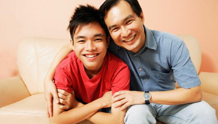 Effekten av gode relasjoner til begge foreldrene som barn og ungdom, beholder barnet inn i voksenlivet.