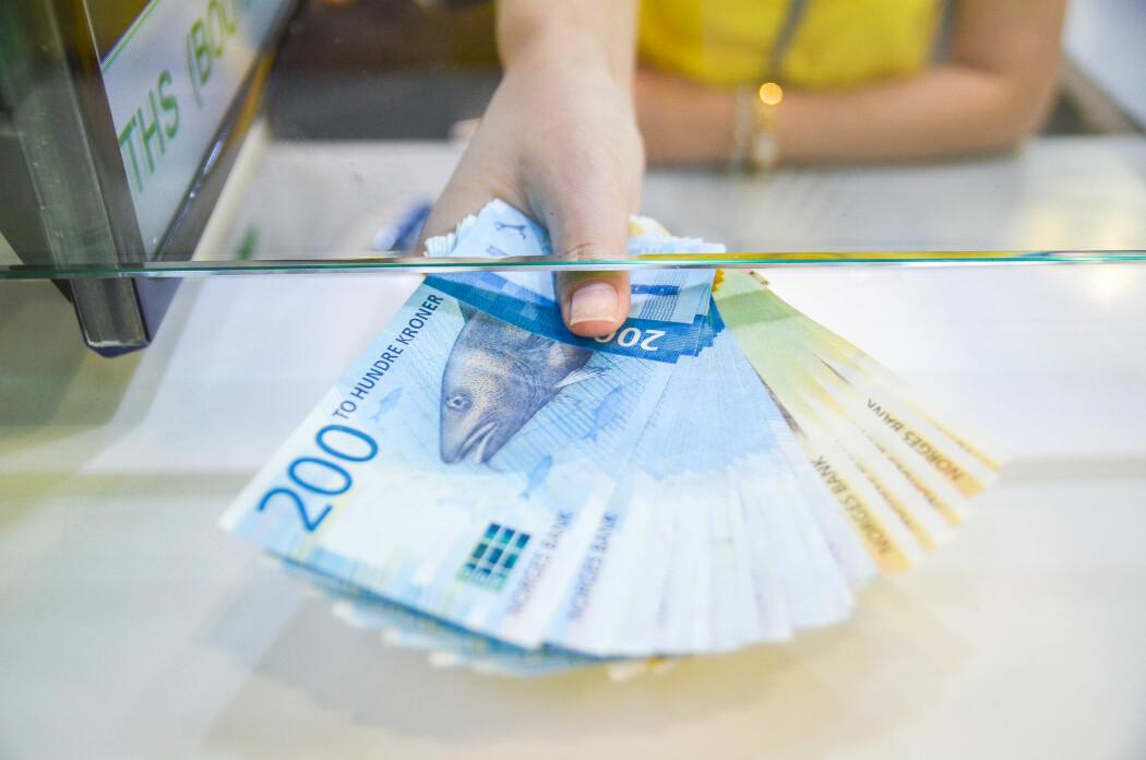 Tilfredsheten som penger gir, når et tak ved et visst beløp. Tjener vi mer enn 750 000 kroner, blir de fleste av oss ikke lykkeligere av den grunn.