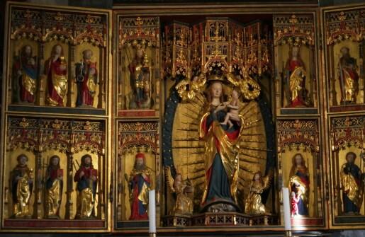 Mariakirkens alterskap – hva forteller det?