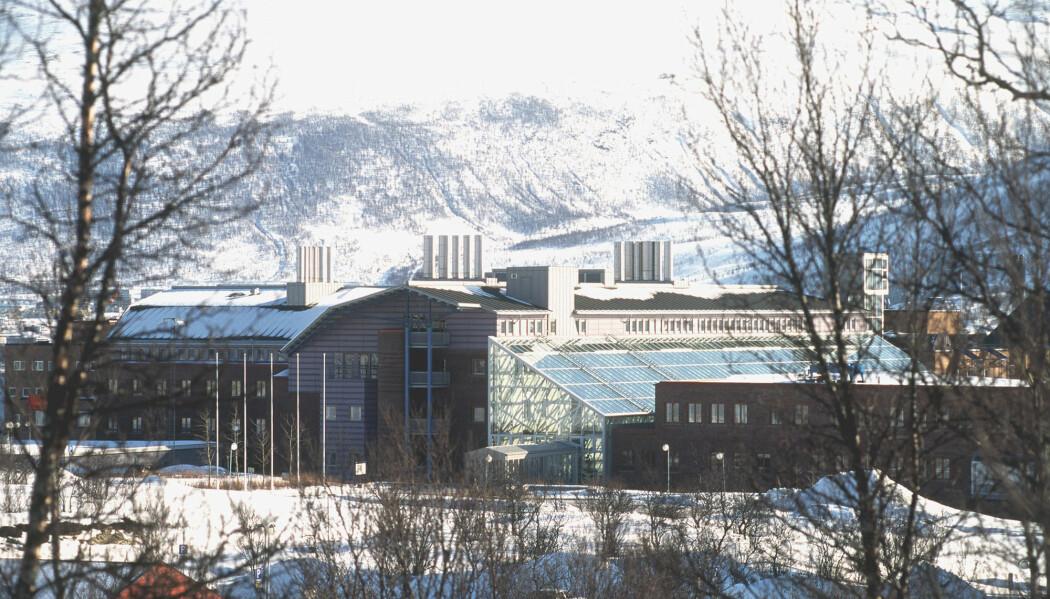 I høst ble Universitetet i Tromsø svindlet for 1,2 millioner euro, eller rundt 12 millioner kroner. Ingen er pågrepet i saken.