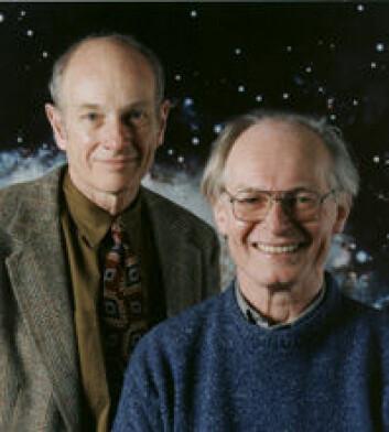 """Nobelprisvinner James Cronin og Alan Watson var initiativtagerne til prosjektet."""
