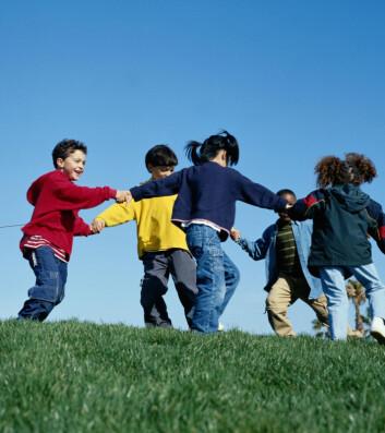 """""""Barn er kjent for å løpe rundt.Men vil også tykke barn gjøre det? Britiske forskere tviler. (Foto:Istockphoto)"""""""