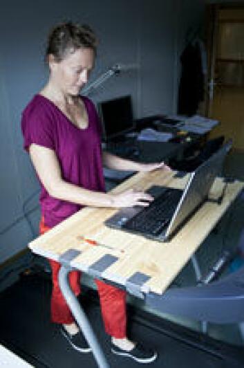 Keinänen har tredemølle på kontoret. (Foto: Andreas B. Johansen)