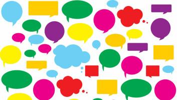 Kommunikasjonen vår blir mer personlig, samtaleorientert og verdifylt, spår forfatterne av bok om sosiale kommunikasjon. (Foto: Colourbox)