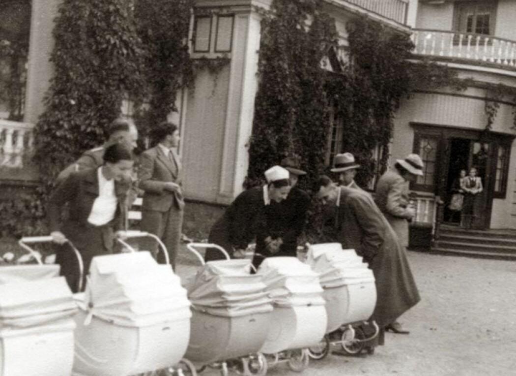 Det første Lebensbornhjemmet i Norge, Hurdal Verk, i september 1941, bare få uker etter åpningen. Dette var det første Lebensbornhjemmet som ble etablert utenfor Tyskland.