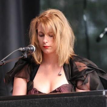 Susanne Sundfør vil vere artist, ikkje kvinneleg artist. (Foto: (Jarle Vines/Wikimedia Commons))