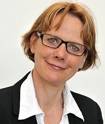 Professor Trine Syvertsen leder forskningsprosjektet Invaderende medier, ambivalente brukere og digital detox (Digitox).