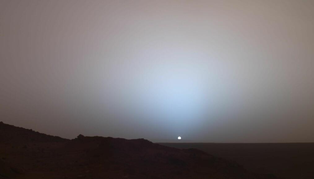 Dette bildet tok Spirit av solnedgangen på Mars.