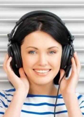 En av øvelsene i musikkterapien var at en forsøksperson skulle forestille seg at hun snakket med sjefen sin – hun endte opp med å skjelle ut vedkommende i 25 minutter. Senere klarte kvinnen å ta bladet fra munnen i virkeligheten (Foto: Colourbox)