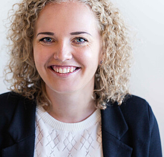 Stipendiat Kristin Sunde oppfordrer skoler og lærere til å benytte seg av mulighetene for en annen type undervisning som raske bokstaver gir.