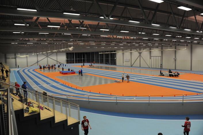 Det vanskelig å få idrettsanlegg til å fungere som motor for lokal samfunnsutvikling. Bildet er fra Steinkjerhallen. (Foto: Morten Stene)