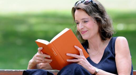 Undersøkelse anslår at vi leser færre bøker enn forlagene sier