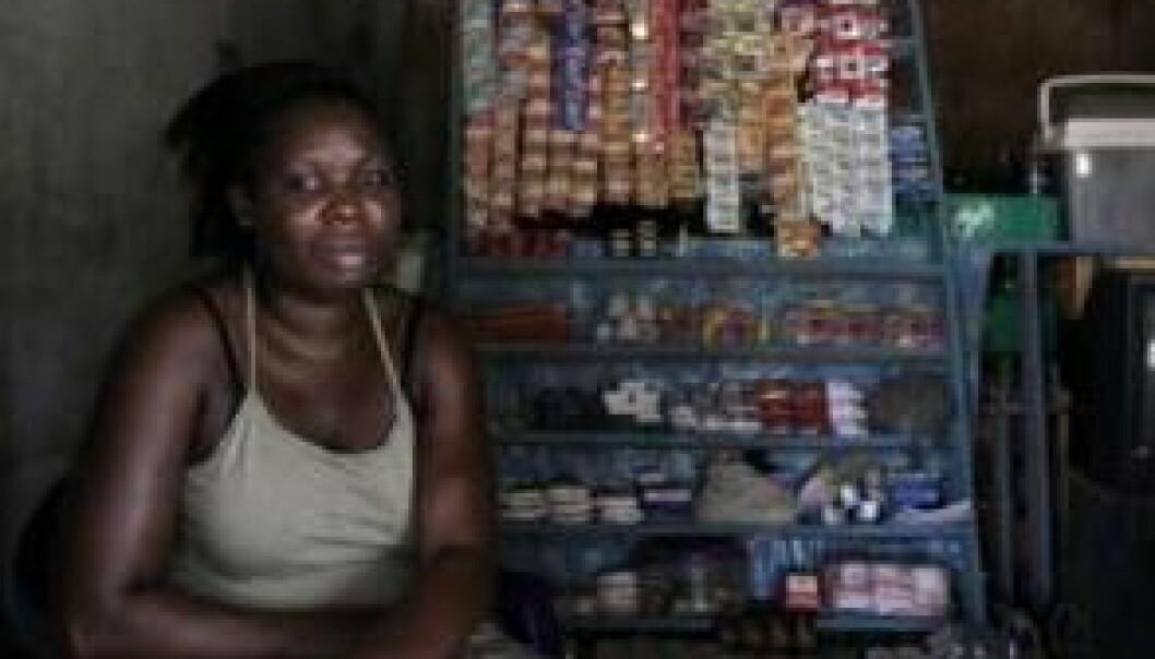 Noen kvinner starter små forretninger. Håpet er at det vil forsørge familiene deres. Janus Metz