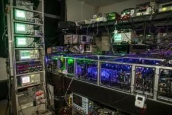 Oppdagelsen gjør at man i framtiden kanskje kan bygge en optisk kvantecomputer som kan foreta visse former for beregninger langt raskere enn dagens datamaskiner. (Foto: Jonas Neergaard-Nielsen)