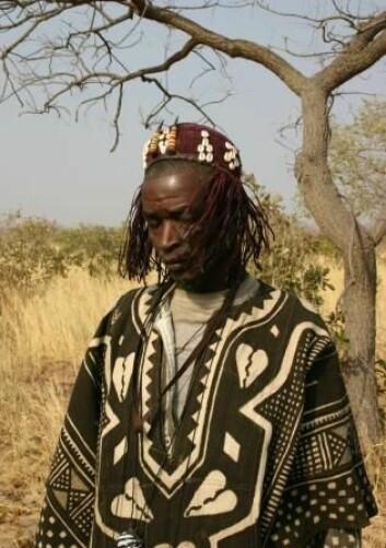 Mali er det første landet i Afrika som har laget et offisielt kvalitetssikringssystem for healere og medisinmenn. For å få et offisielt sertifikat, må healeren vise at han eller hun er i stand til å helbrede et antall personer. Foto: (Foto: Berit Smestad Paulsen)