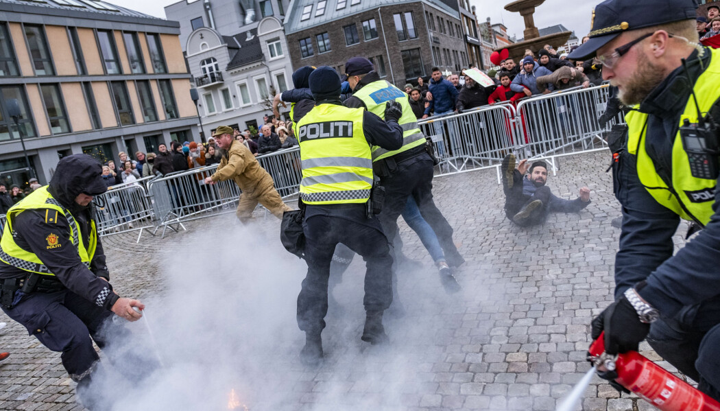 I november i fjor satte Stopp islamiseringen av Norge (Sian) fyr på en koran i Kristiansand. Motdemonstranter reagerte, og det oppsto basketak.