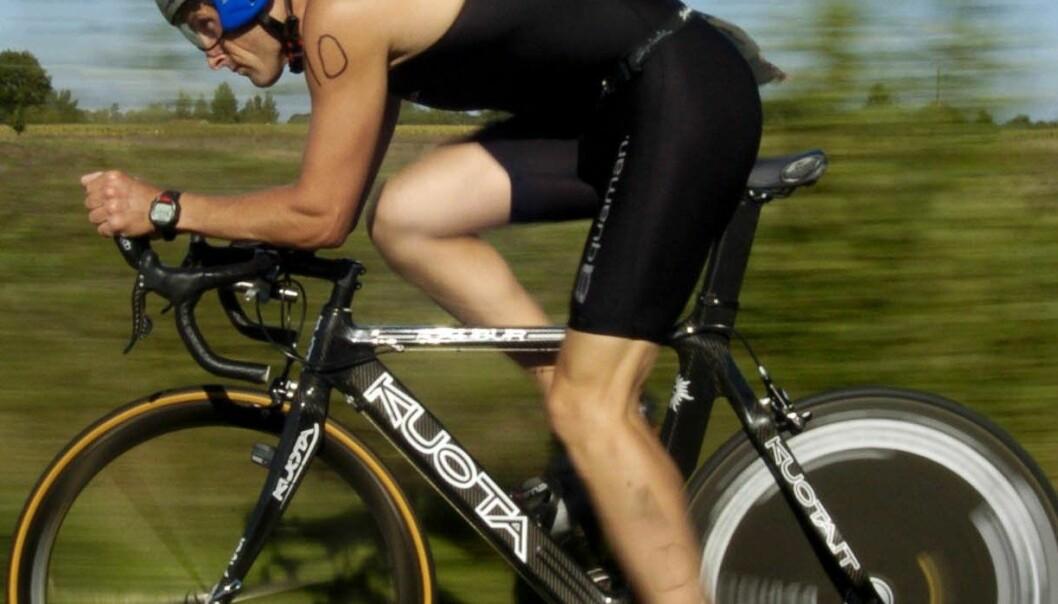 Syklistene trenger lettere løsninger med større energikapasitet. Løsningen kan kanskje være en videreutvikling av en svært liten brenselcelle som opprinnelig er utviklet til høreapparater. Colourbox