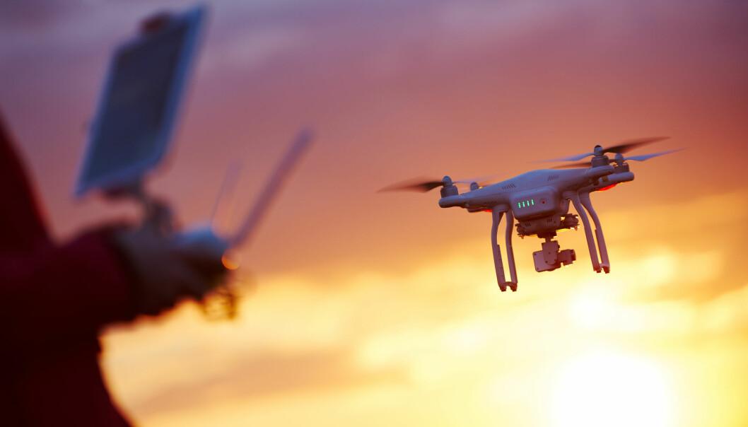 Hvordan endrer bruk av droner det klassiske politiblikket? er et av spørsmålene forsker Jenny Maria Lundgaard ved Politihøgskolen skal studere nærmere de neste to årene.