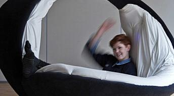Musikkmøbler hjelper barn med funksjonsnedsettelse