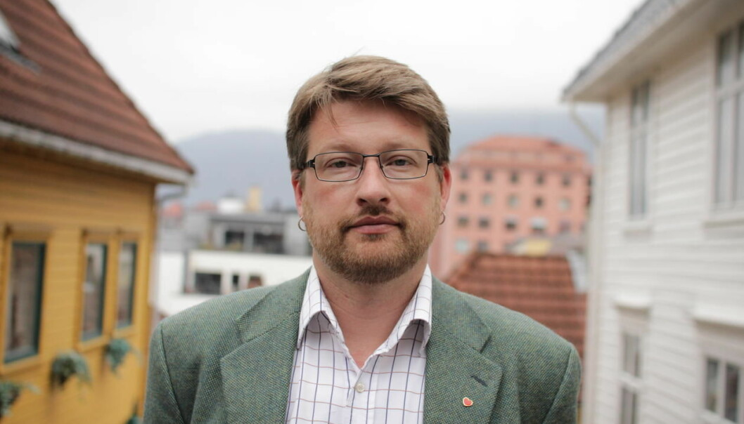 Jørn Øyrehagen Sunde skal holde Aarebrotforelesningen i Universitetsaulaen 19. januar.