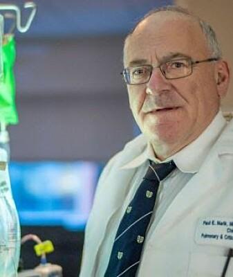 Legen Paul Marik mener å ha oppdaget en ny behandling av pasienter med sepsis.