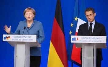 I sammensatte og kritiske saker som eurokrisen ser man at Tyskland og Frankrike tar ledelsen i EU. Her ved forbundskansler Angela Merkel og president Nicolas Sarkozy. (Foto: www.colourbox.no)
