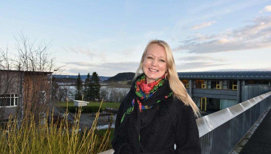 Runa Hestad Jenssen er lektor i musikk ved Fakultet for lærerutdanning og kunst- og kulturfag ved Nord universitet i Levanger. Hun arbeider med en doktorgradsstudie, og er tilknyttet et doktorgradsprogram ved NTNU, hvor hun undersøker opplevelsen av sangundervisning med jenter i stemmeskiftet.