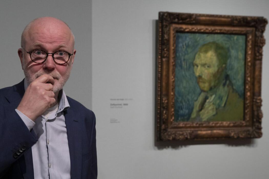 Louis van Tilborgh ved Van Gogh-museet i Amsterdam holdt en pressekonferanse mandag om maleriet «Selvportrett» som tilhører Nasjonalmuseet i Norge.