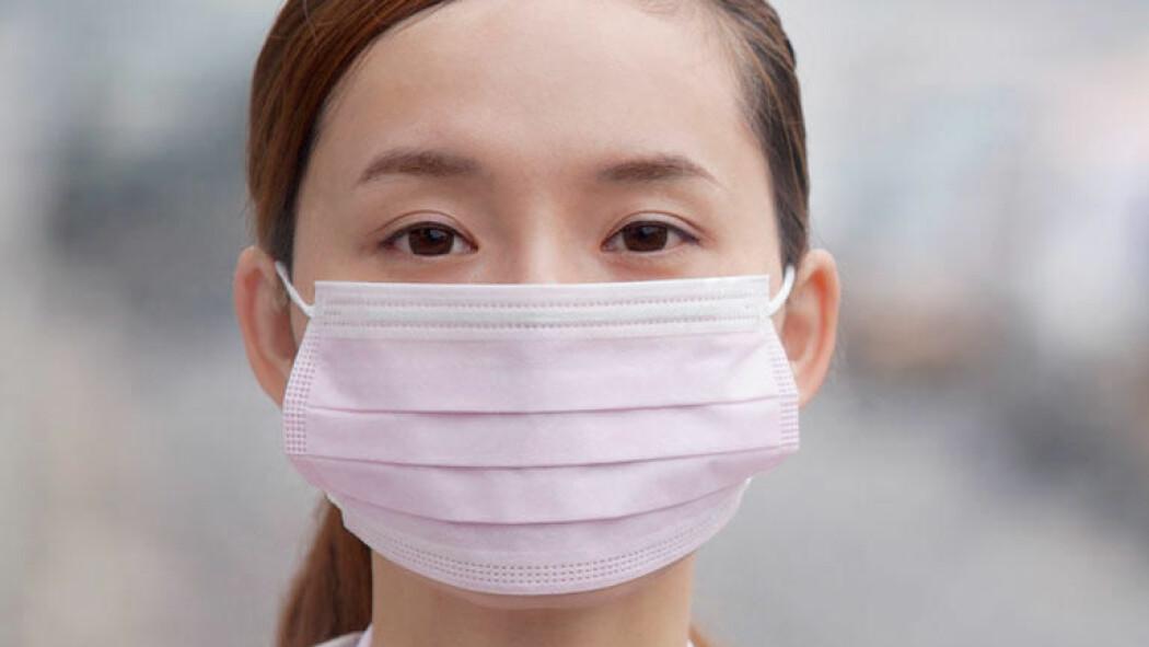 Ifølge Verdens helseorganisasjon kan lungeviruset som er oppdaget i Kina smitte mellom mennesker.