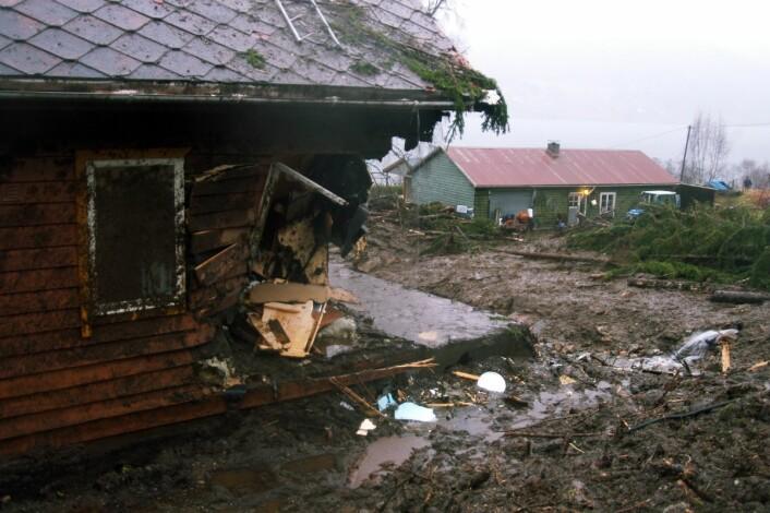 Eit hus frå 1881 vart teke av raset. Huset er no rive. (Foto: Oddleif Løseth)