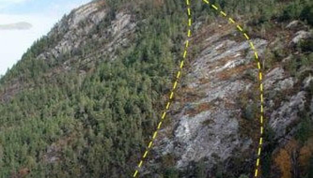 Forekomsten av kvarts ligger mellom 210 og 320 meter over havet i Kvinnherad kommune i Hordaland. NGU