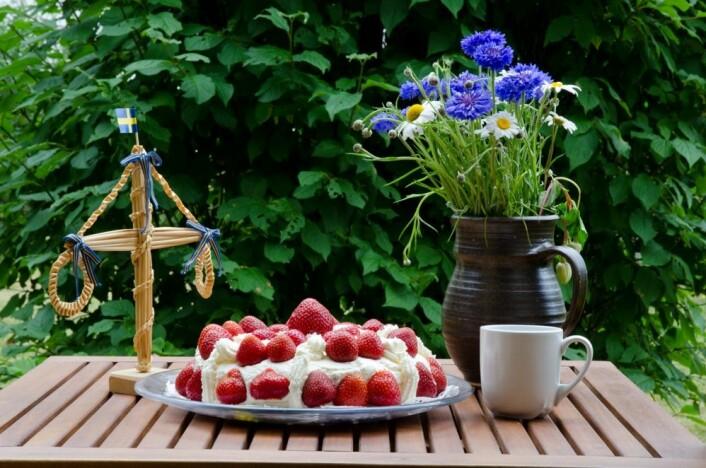 Både i Danmark og i Sverige er St.Hans eller Midtsommar de dagene med størst oppslutning i befolkningen. (Foto:Colorbox)