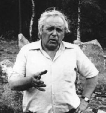 Erling Johansen (Foto: Fra boka Østfolds helleristninger av David Vogt)