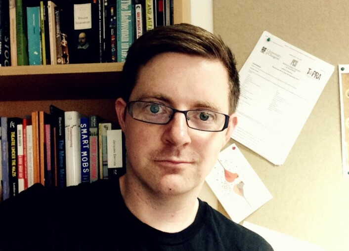 Stephen Greer har doktorgrad i Cultural politics and GLBT performance og arbeider som universitetslektor ved Universitetet i Glasgow. (Foto: Universitetet i Glasgow)
