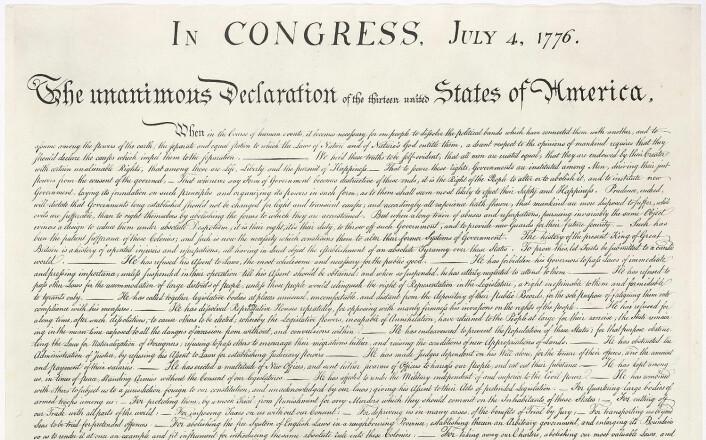 Faksimile av USAs uavhengighetserklæringen. Sitatet i teksten kan leses i første avsnitt, etter den lange streken i linje 3. (Foto: (Bilde: Wikimedia Commons))