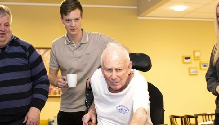 Kritisk til egne landsbyer for folk med demens