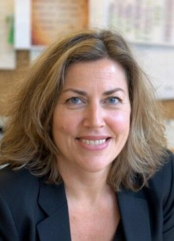 – Ta deprimerte pasienter med alkoholproblem på alvor, er den klare anbefalingen fra psykologspesialist Cecilie Skule ved Voksenpsykiatrisk avdeling Vinderen. (Foto: Frøy Lode Wiik