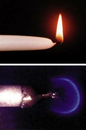 Stearinlys på jorda og flamme i vektløshet (nederst) (Foto: NASA)