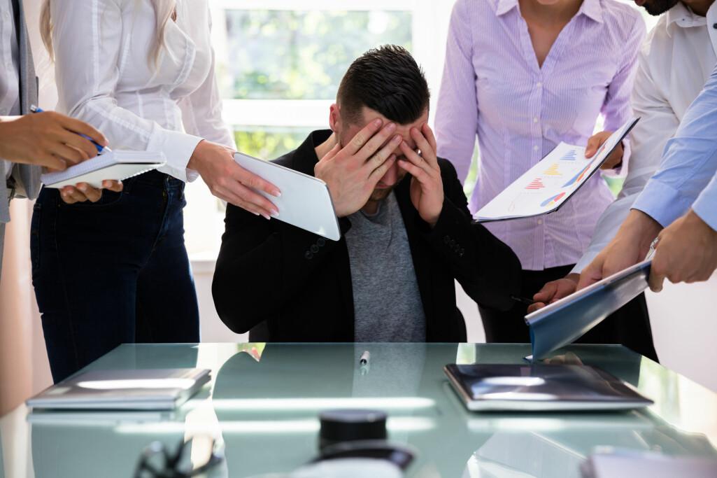 Ledere som sitter i en utsatt posisjon, skulle ha alt å vinne på å lytte til råd og innspill fra sine medarbeidere.