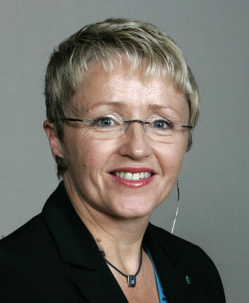 """Liv Signe Navarsete, samferdselsminister, Sp."""