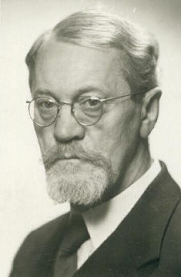 """""""Adolf Hoel fikk 18 måneder fengsel for medlemsskapet i Nasjonal Samling."""""""