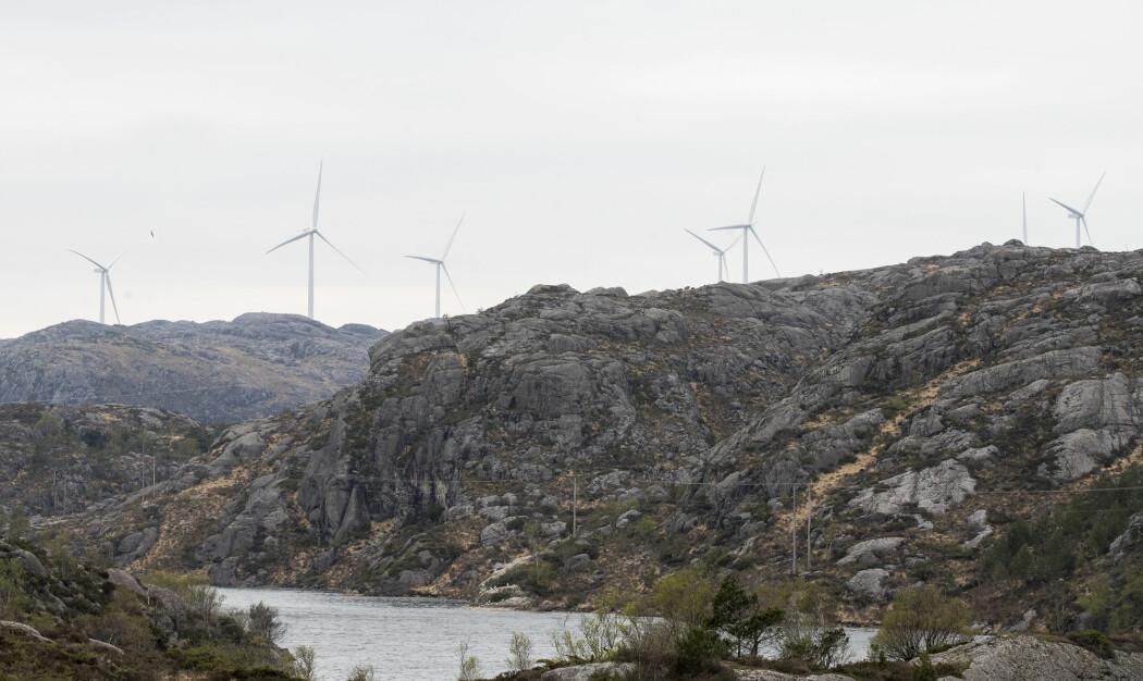 Vindmøller utgjør 4,1 prosent av den totale kraftproduksjonen. Vannkraft utgjør til sammenligning 93,4 prosent.